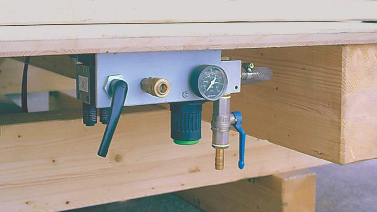 Jednoduchý tesařský montážní stůl WEINMANN BUILTEQ A-300