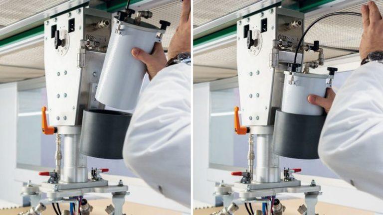 Lakovací stříkací automat SPRAYTEQ S-100 malý objem barvy