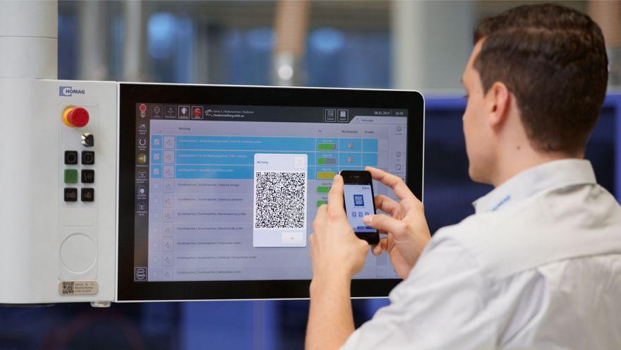 Ukázka použití Homag Service App v praxi - skenování QR kódu